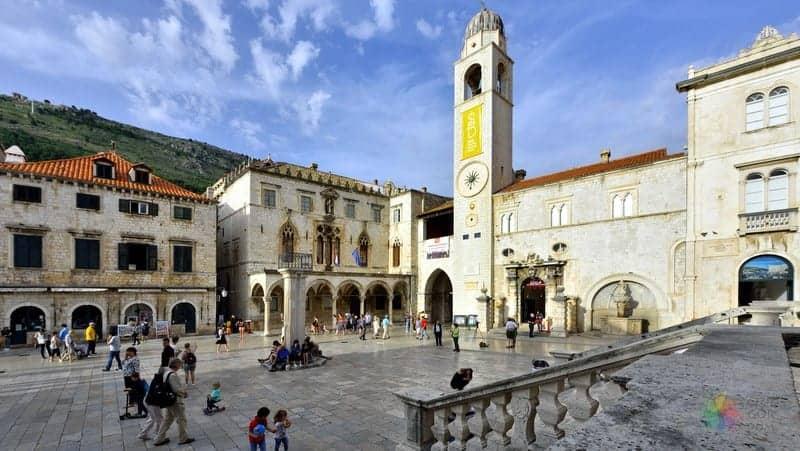 Dubrovnik'te gezilecek yerler Çan Kulesi