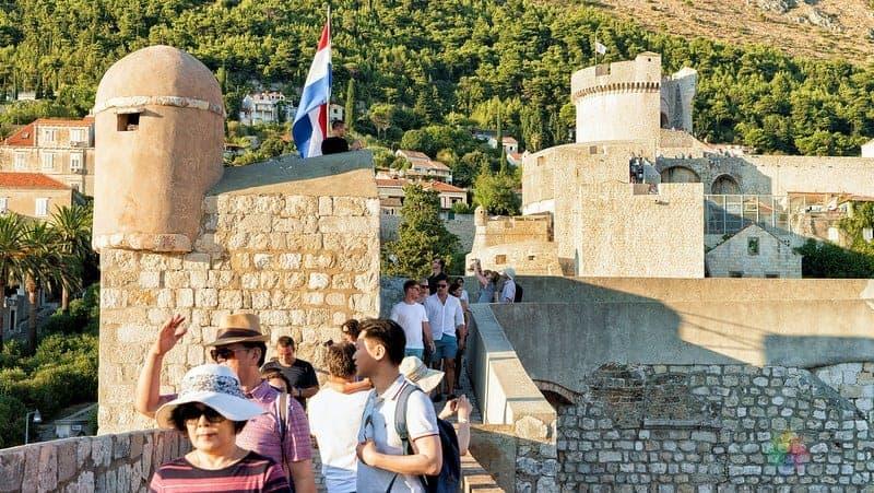 Dubrovnik gezilecek yerler Eski Şehir surları
