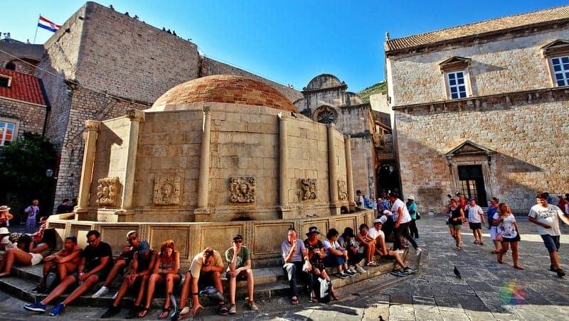 Dubrovnik hakkında bilgiler Onofrio Çeşmesi