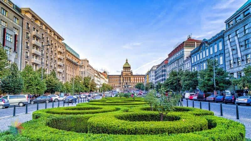Prag'da nerede kalınır yeni şehir