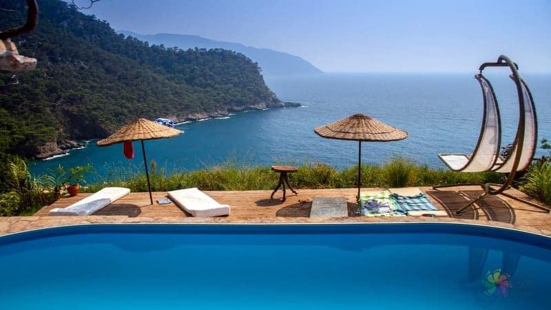 Kabak Koyu otelleri Fethiye'de konaklama