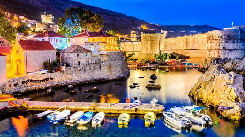 Dubrovnik'te nerede kalınır rehberi