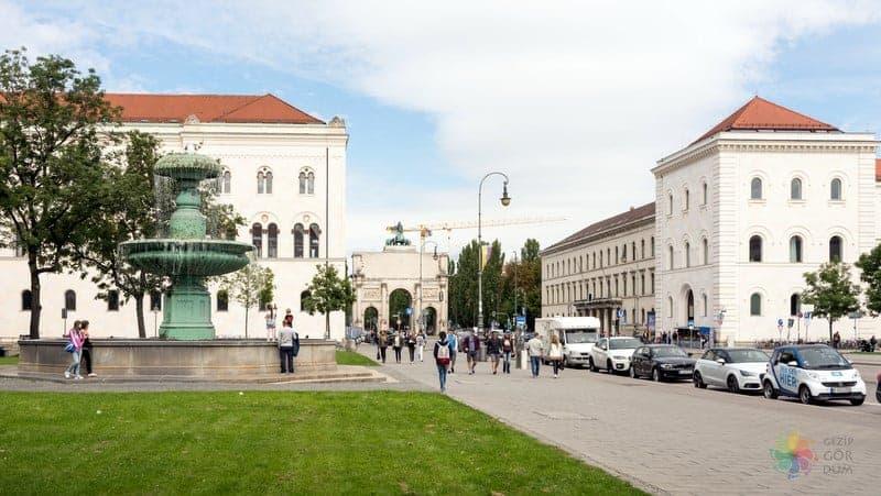 Münih'te nerede kalınır Schwabing West
