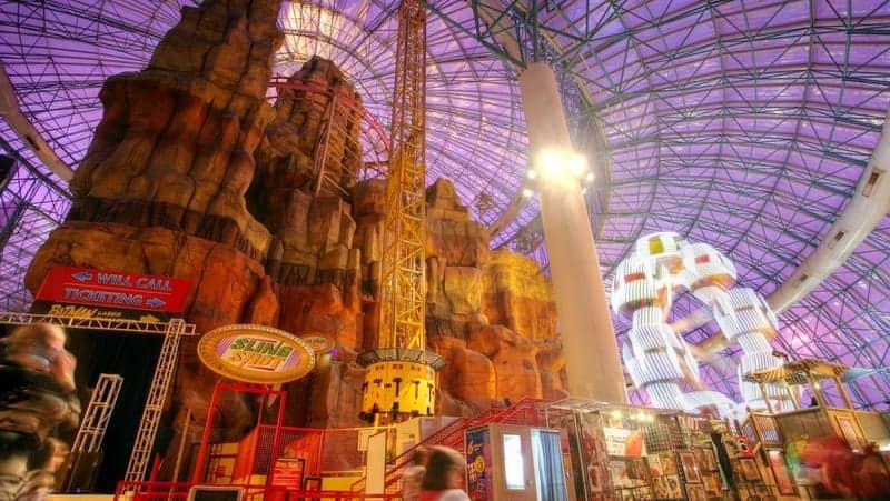 Las Vegas gezilecek yerler Adventuredome Theme ParkAdventuredome Theme Park