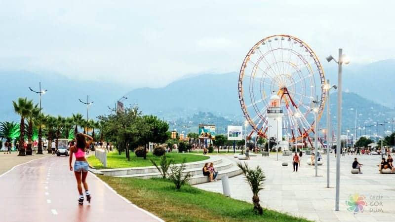 batum gezilecek yerler Batumi Boulevard