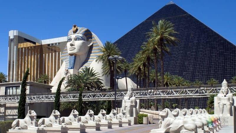 Las Vegas gezi rehberi Luxor Mısır otel