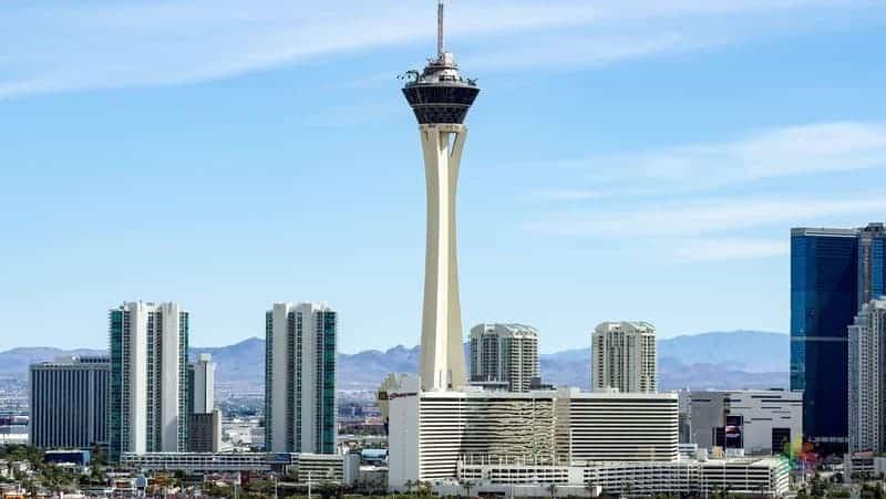 Las Vegas gezilecek yerler Stratosphere kulesi