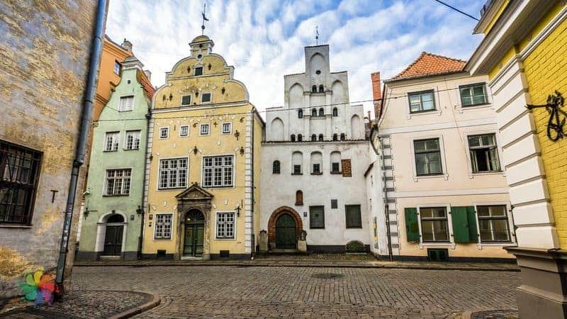 Riga gezilecek yerler 3 Biraderler Evleri