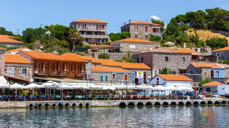 Midilli Adası otel tavsiyesi Molivos Mithymna