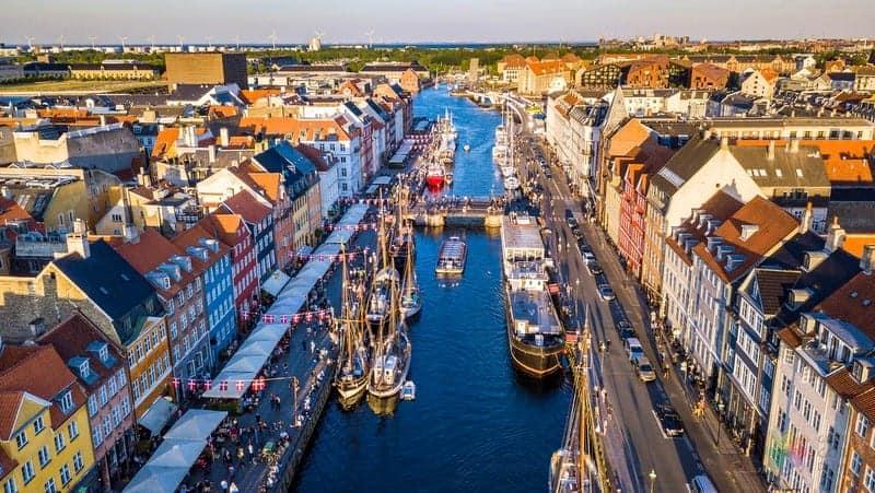 nyhavn Kopenhag'da nerede kalınır