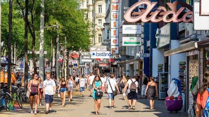 Viyana gezi notları alışveriş merkezleri, sokak pazarları