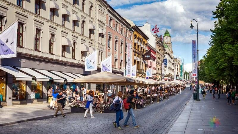 Oslo gezi rehberi Karl Johans Caddesi