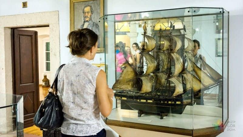 Kotor gezilecek yerler denizcilik müzesi