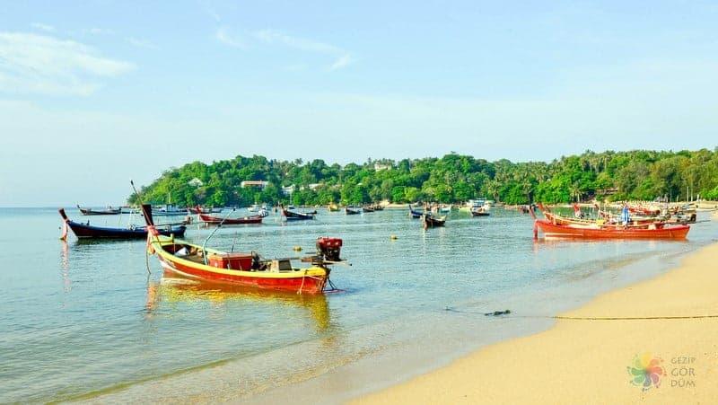 Phuket'te nerede kalınır Rawai Beach
