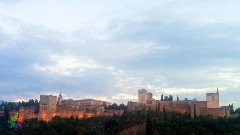 Granada gezilecek yerler El Hamra