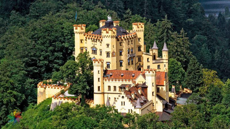 Hohenschwangau Castle almanya