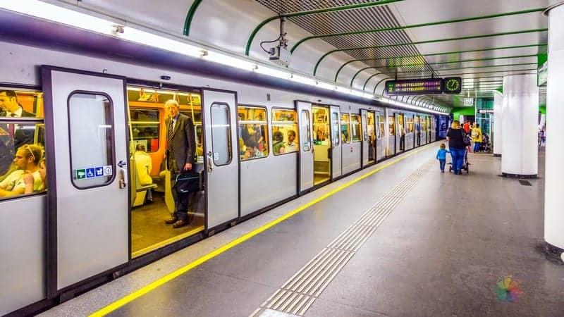 Viyana'da nerede kalmalı, şehir içi ve havaalanı ulaşımı hakkında bilgiler