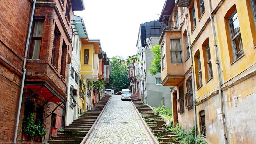 Merdivenli Yokuş Balat'ta gezilmesi gereken yerler