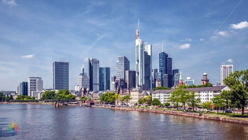 Bahnhofsviertel Frankfurt'ta konaklama
