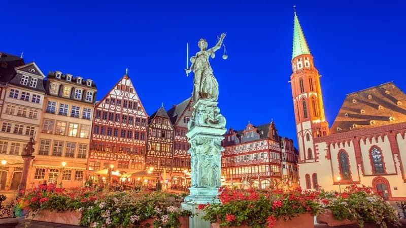 Frankfurt'ta nerede kalınır rehberi