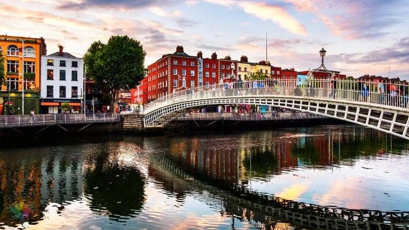 Hapenny Bridge Dublin gezilecek yerler