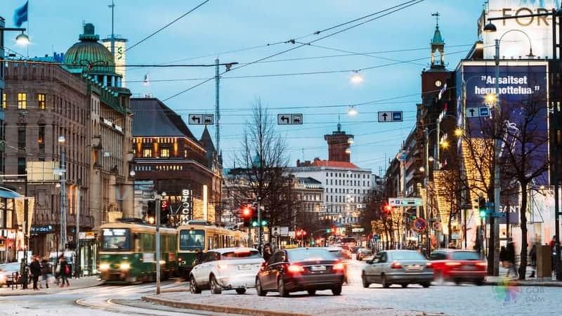 Mannerheimintie Mannerheim Street Helsinki gezilecek yerler