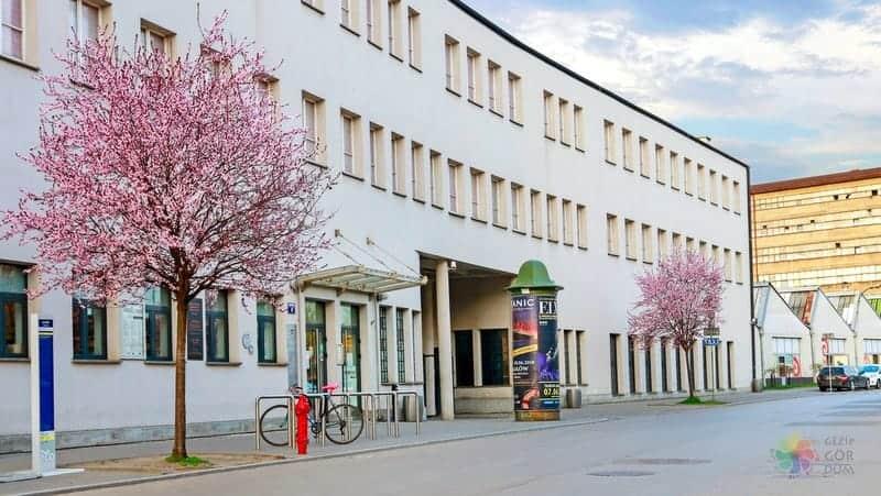 Oskar Schindler's Enamel Factory Krakow'da görülecek yerler