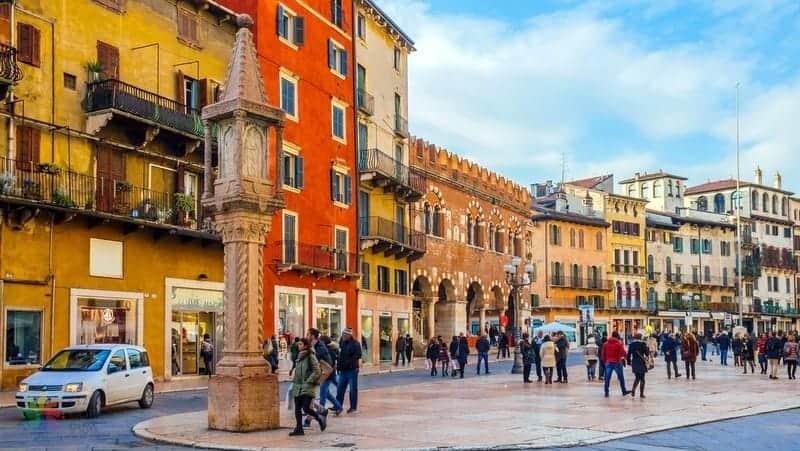 Piazza delle Erbe Verona gezilecek yerler