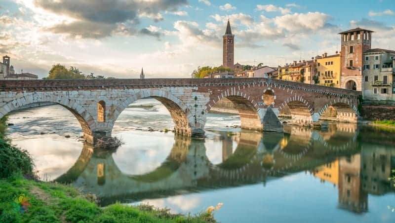 Ponte Pietra Verona gezilecek yerler