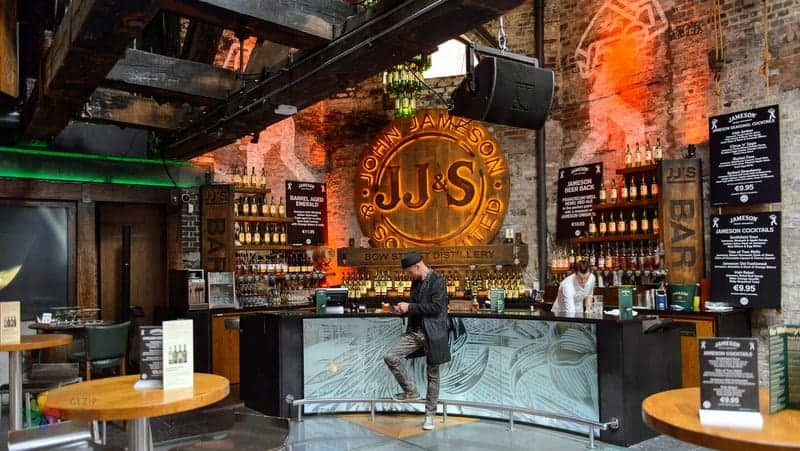 The Old Jameson Distillery Dublin'de gezilecek yerler