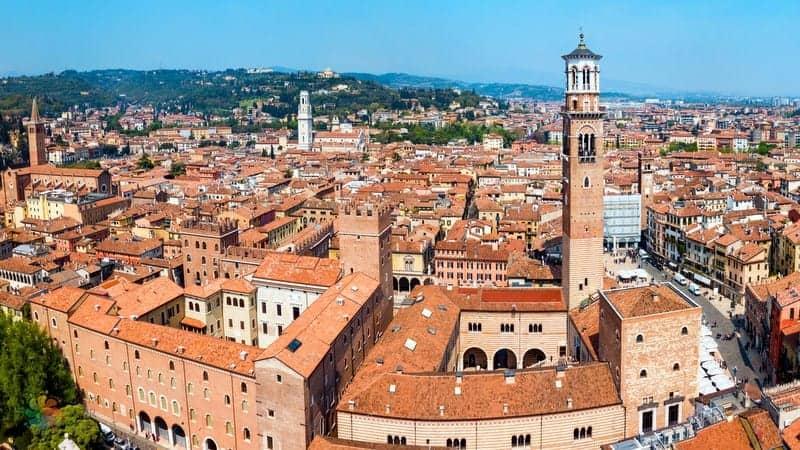 Torre dei Lamberti Verona gezilecek yerler