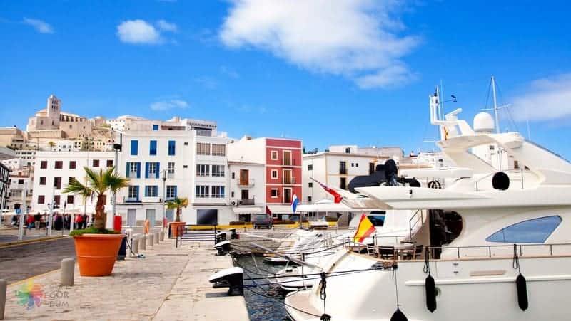 ibiza'da nerede kalınır Ibiza Town otelleri