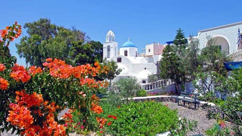 Santorini gezilecek yerler Megalochori