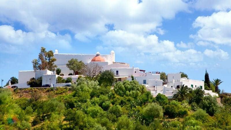 ibiza'da nerede kalınır Santa Eularia des Riu otelleri