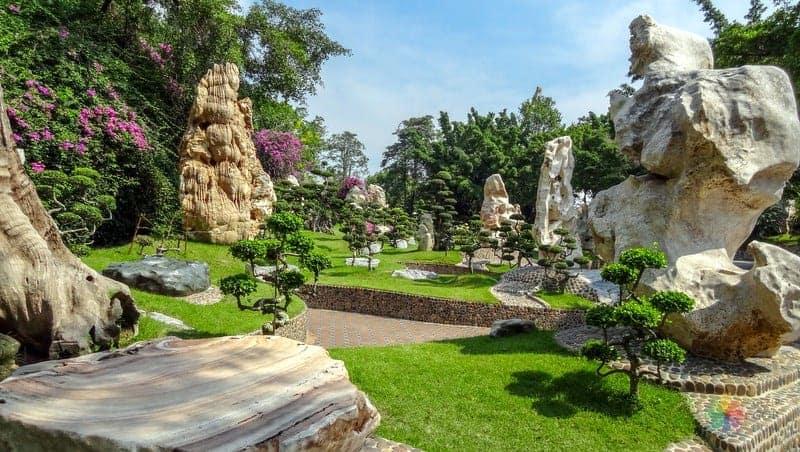 The Million Year Stone Park and Crocodile Farm Pattaya gezi rehberi