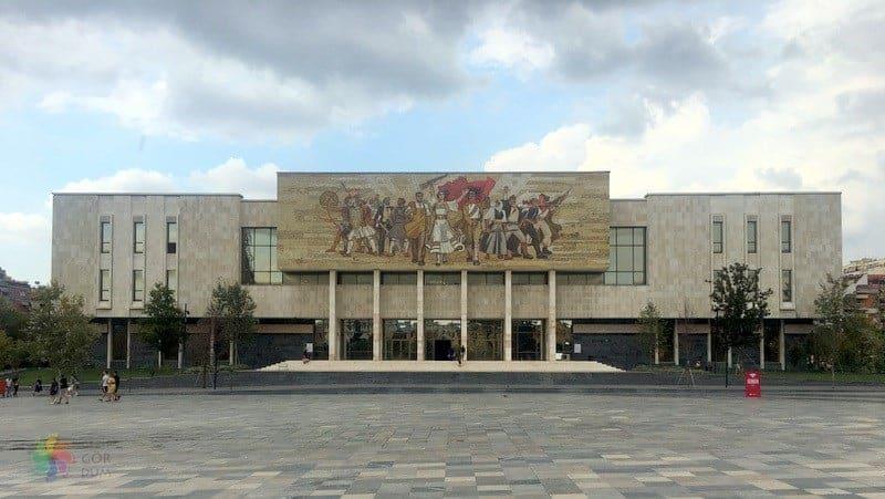 Ulusal Tarih Müzesi tiran'da görülecek yerler