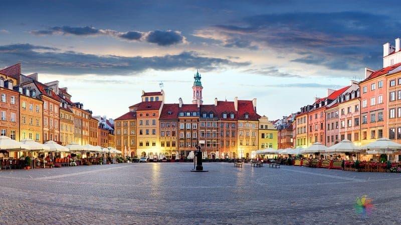 Varşova'da nerede kalmalı, Varşova'da konaklama yapılacak bölgeler