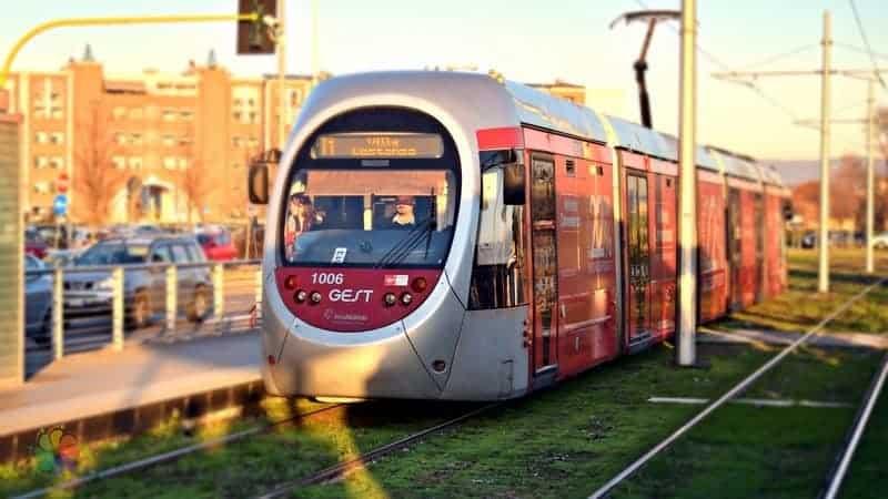 Floransa şehir içi ulaşım tramvay