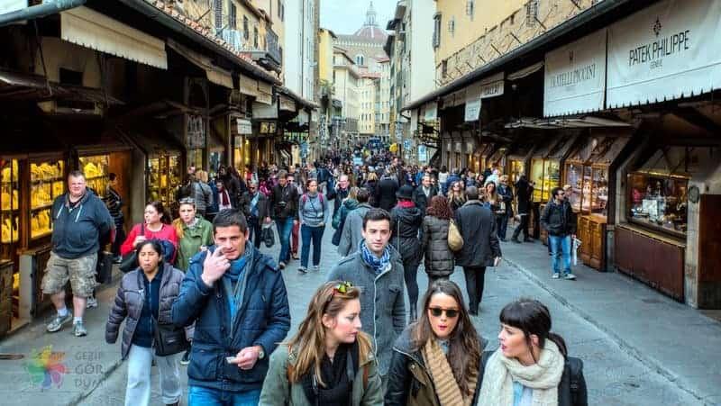 Floransa şehir içi ulaşım yürüme