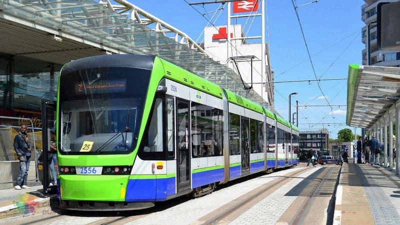 Londra şehir içi ulaşım tramvay