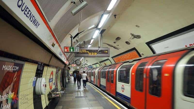 Londra'da ulaşım metro