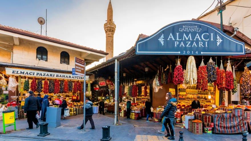 Elmacı Almacı Pazarı Gaziantep'te görülmesi gereken yerler