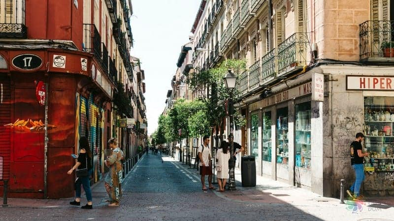 Madrid'de nerede kalınır malasana