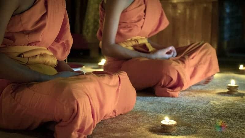 Tek başına Nepal turu meditasyon