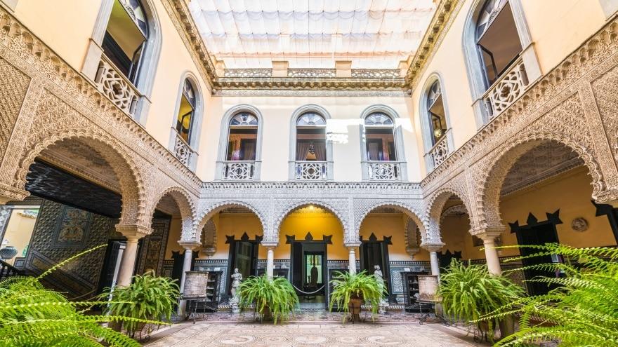 Sevilla gezilecek yerler Palace of the Countess of Lebrija