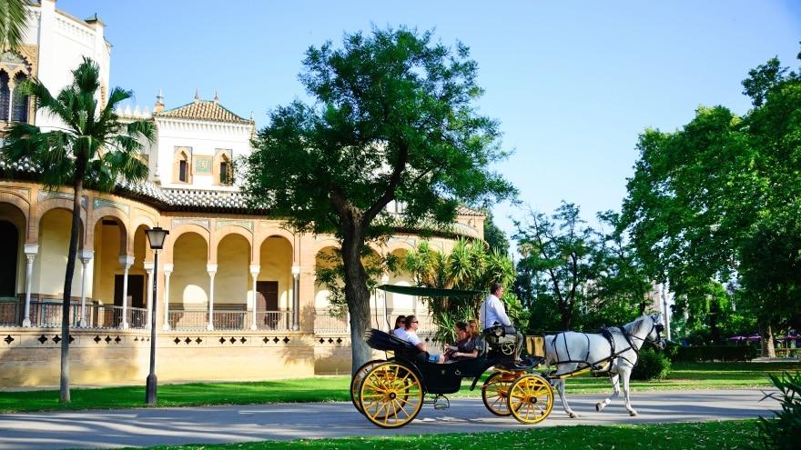 Sevilla gezilecek yerler Parque de Maria Luisa