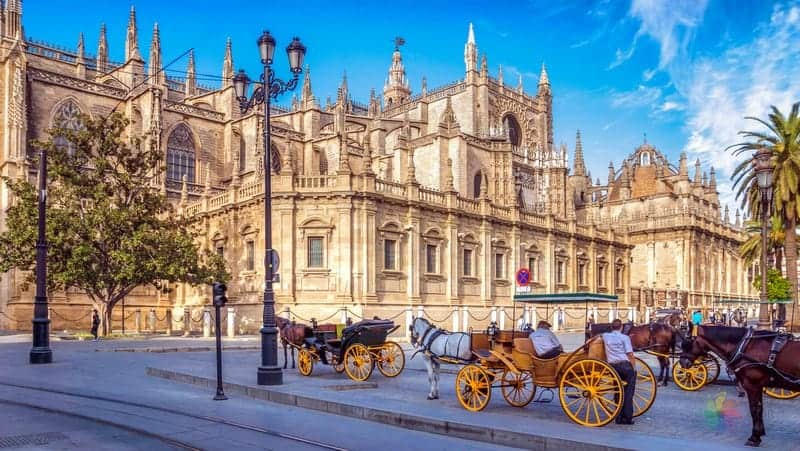 Sevilla gezilecek yerler Sevilla Katedrali