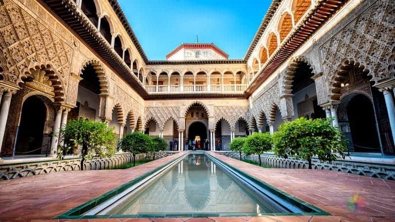 Sevilla gezilecek yerler Real Alcazar