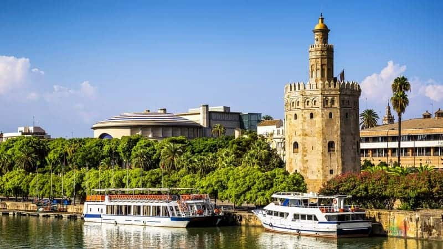 Sevilla gezilecek yerler Torre del Oro