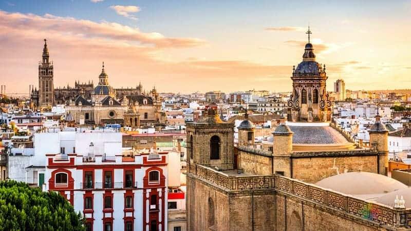 Endülüs gezilecek yerler Sevilla